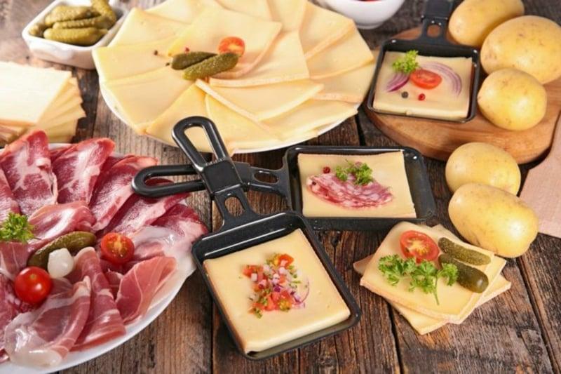 schweizer Schmelzkäse Raclette