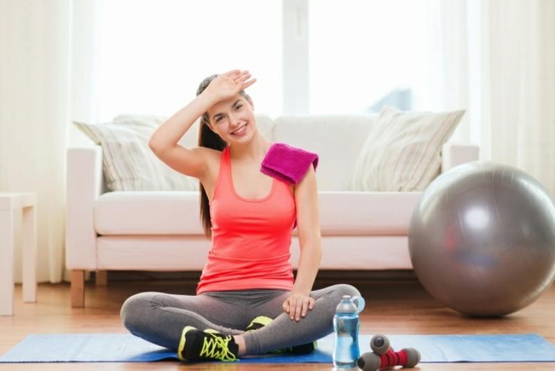Fett abnehmen Muskeln aufbauen Fitness