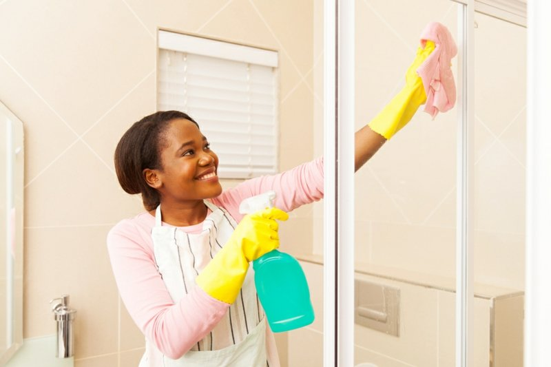 versiegelte Duschkabine reinigen