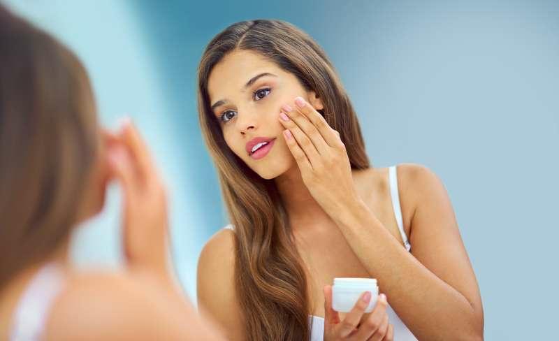 Gesichtstoner für glänzende Haut