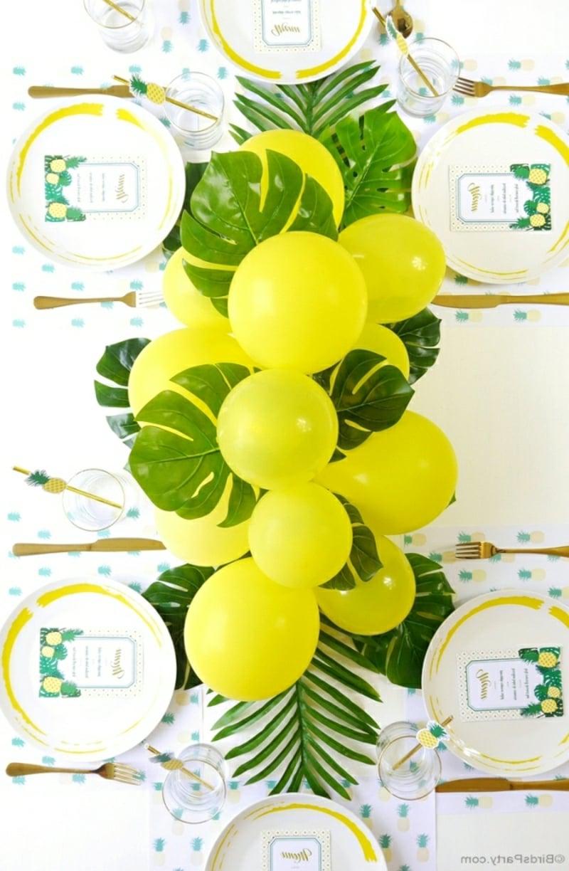 schöne Girlande gelbe Luftballons