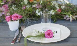 Tischdeko Blumen wunderschön