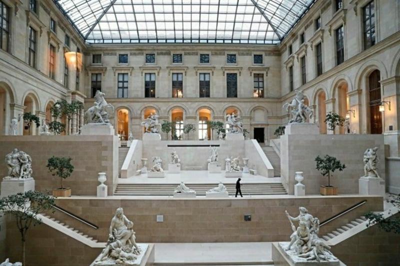 virtuelle Reise Frankreich Louvre