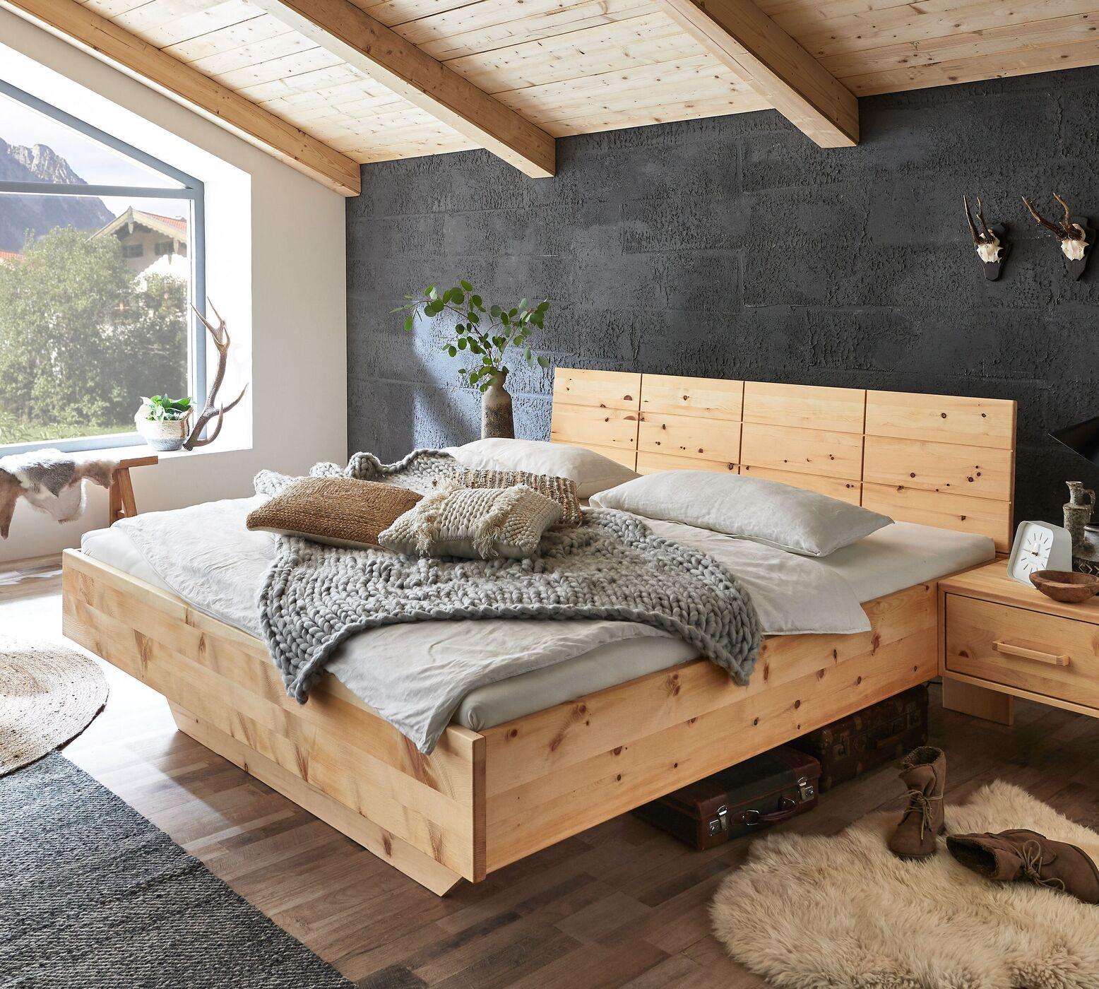 Zirbenbett für Ihre Skandinavische Einrichtung