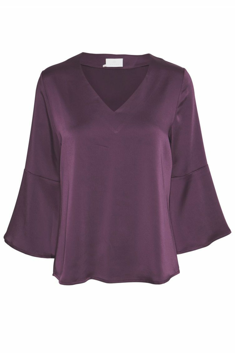 lila Bluse breit elegant