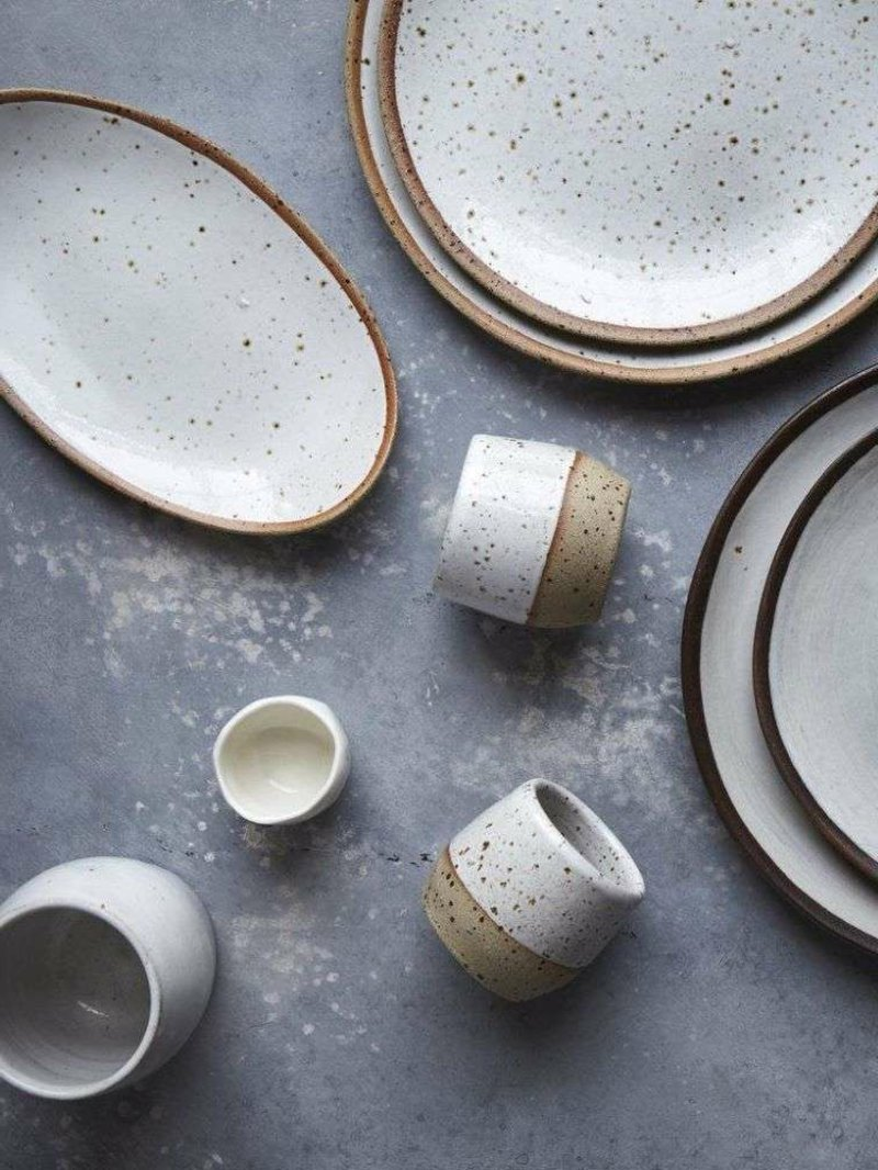 Keramik Geschirr Tassen minimalistisch
