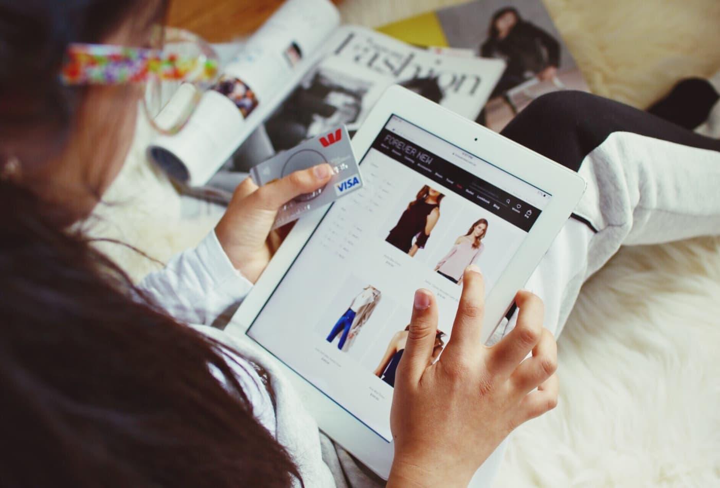 Tipps zum Sparen beim Online Shopping - richtigen Zeitpunkt wählen