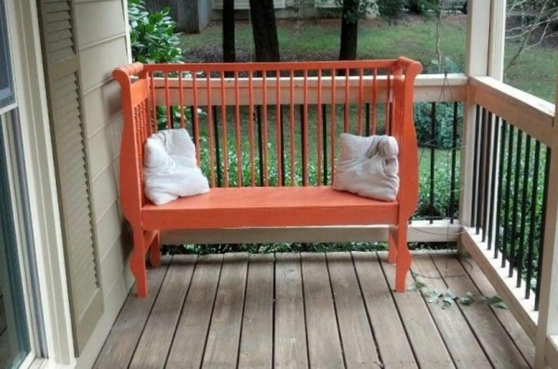 tolle Sitzbank für die Terrasse