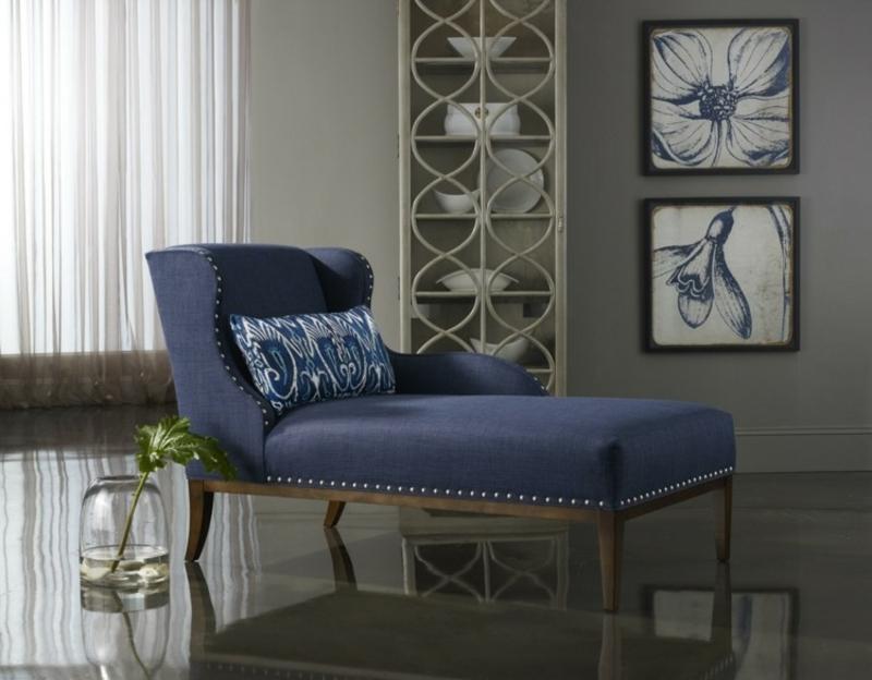 XXL-Sessel in Dunkelbalu sehr elegant