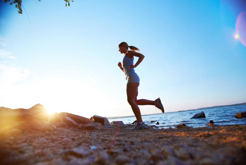 Mit Sport und gesundem Essen in Form zu kommen