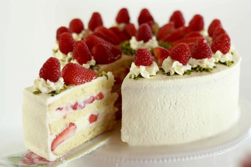 Erdbeer Sahne Deko Torte