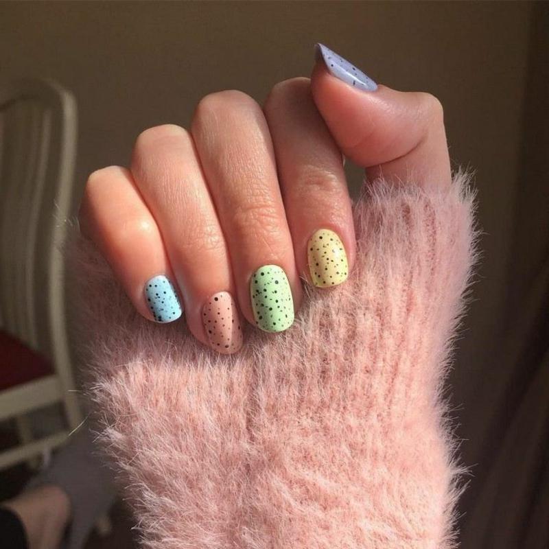 Eggshell Nails selber gestalten