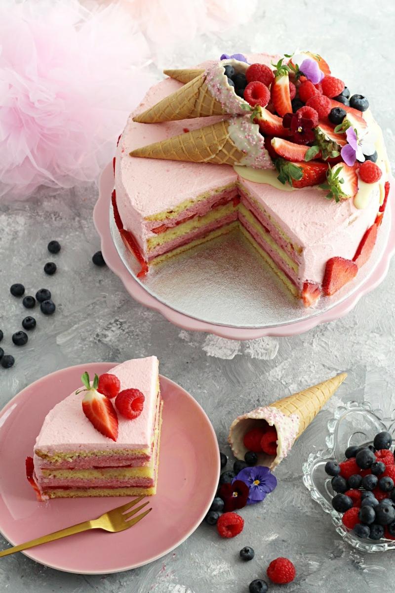 Erdbeer Deko für Torten originelle Ideen