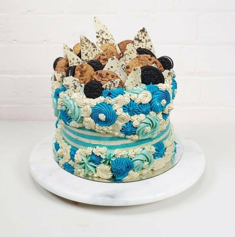 Fault Line Cake Einhorn