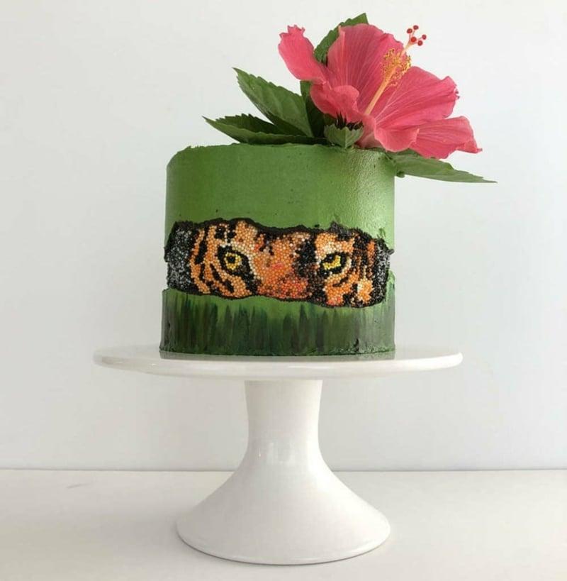 exotische Torte grün Tiermotive
