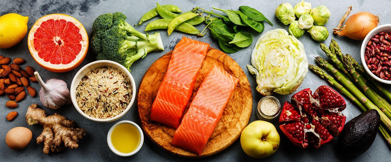 Gesundes Essen ist von großer Bedeutung in Form zu kommen