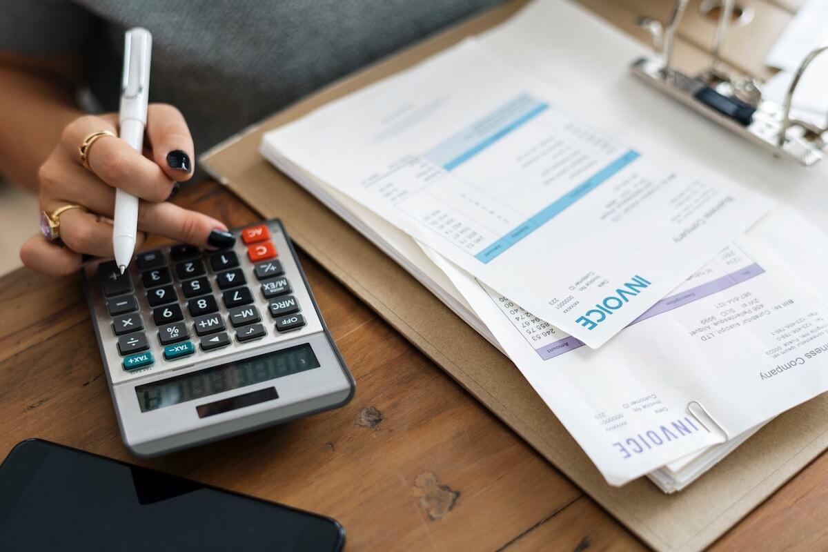 Tipps für Nebenkosten sparen - Rechnungsbelege fördern