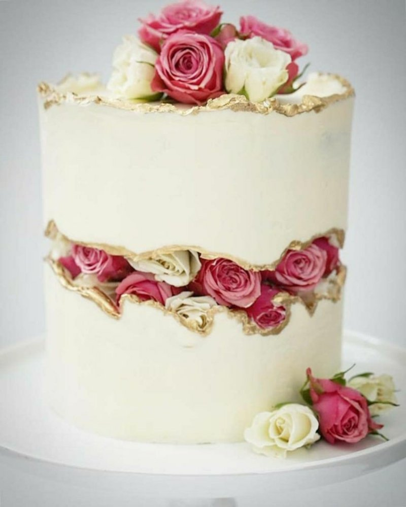 Torte mit Rosen verzieren herrlicher Look