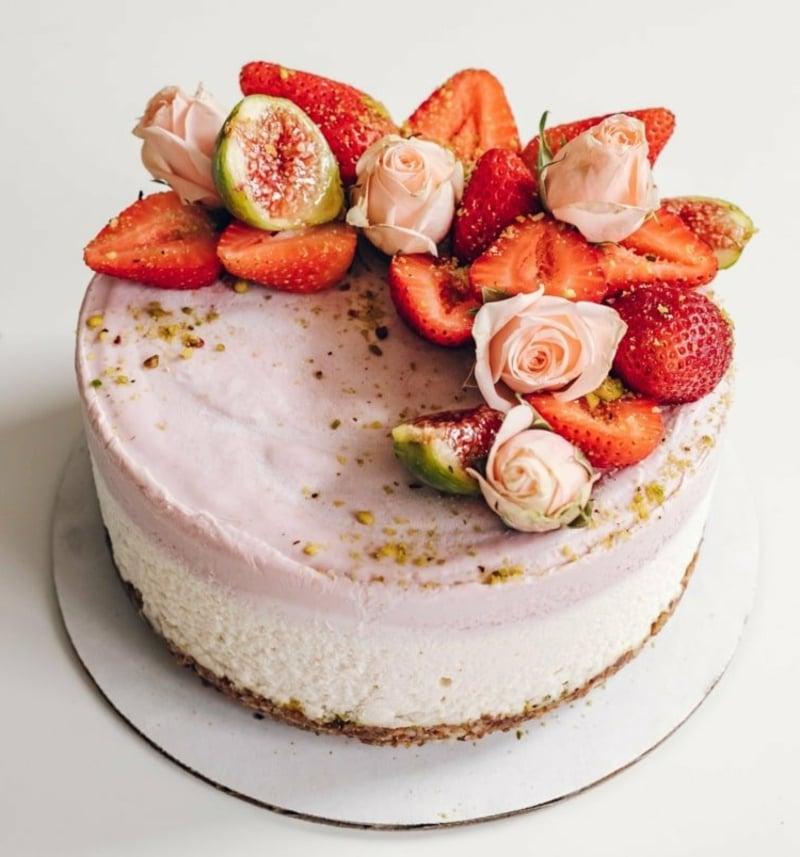 Erdbeer Deko für Torten interessante Ideen
