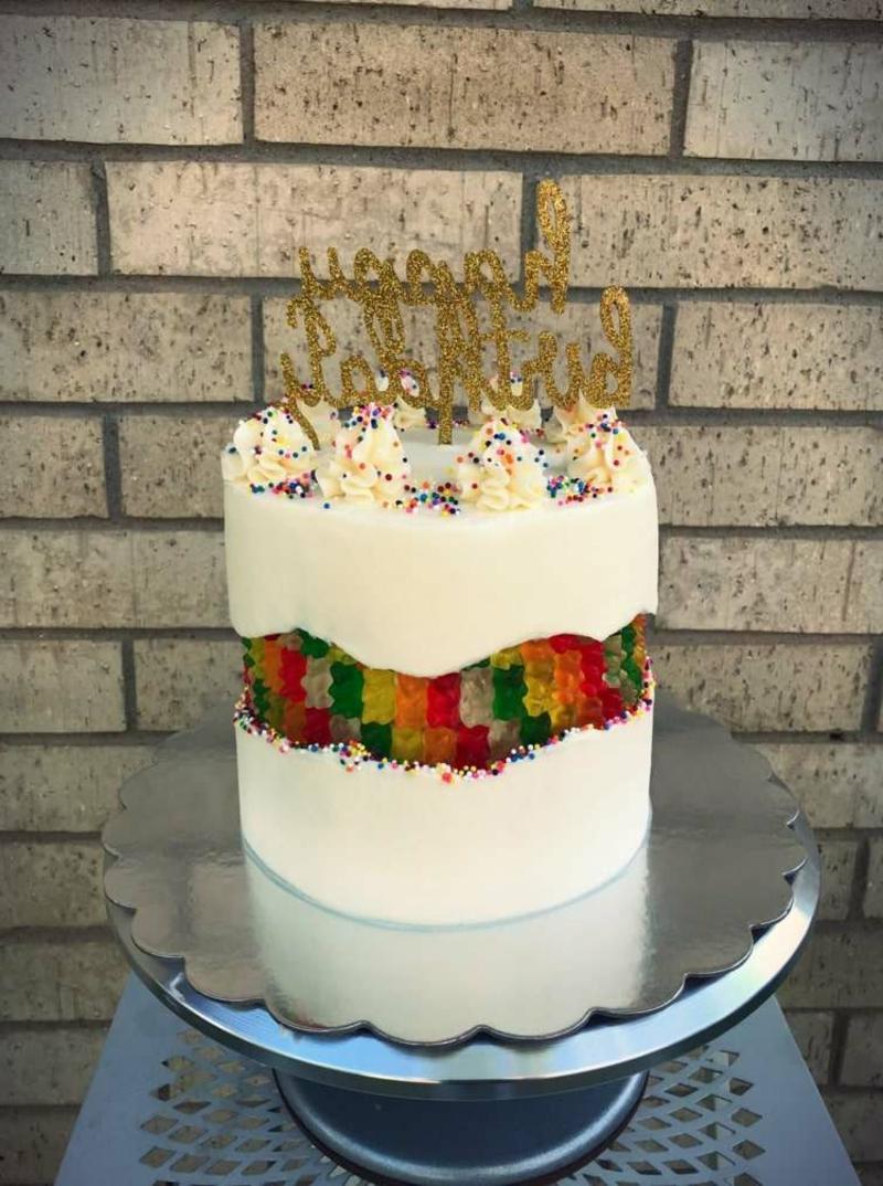 Geburtstagstorte mit Gummibärchen