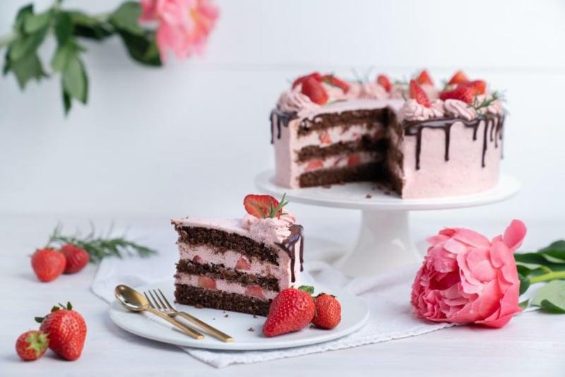 Erdbeer Deko für Torten herrlicher Look
