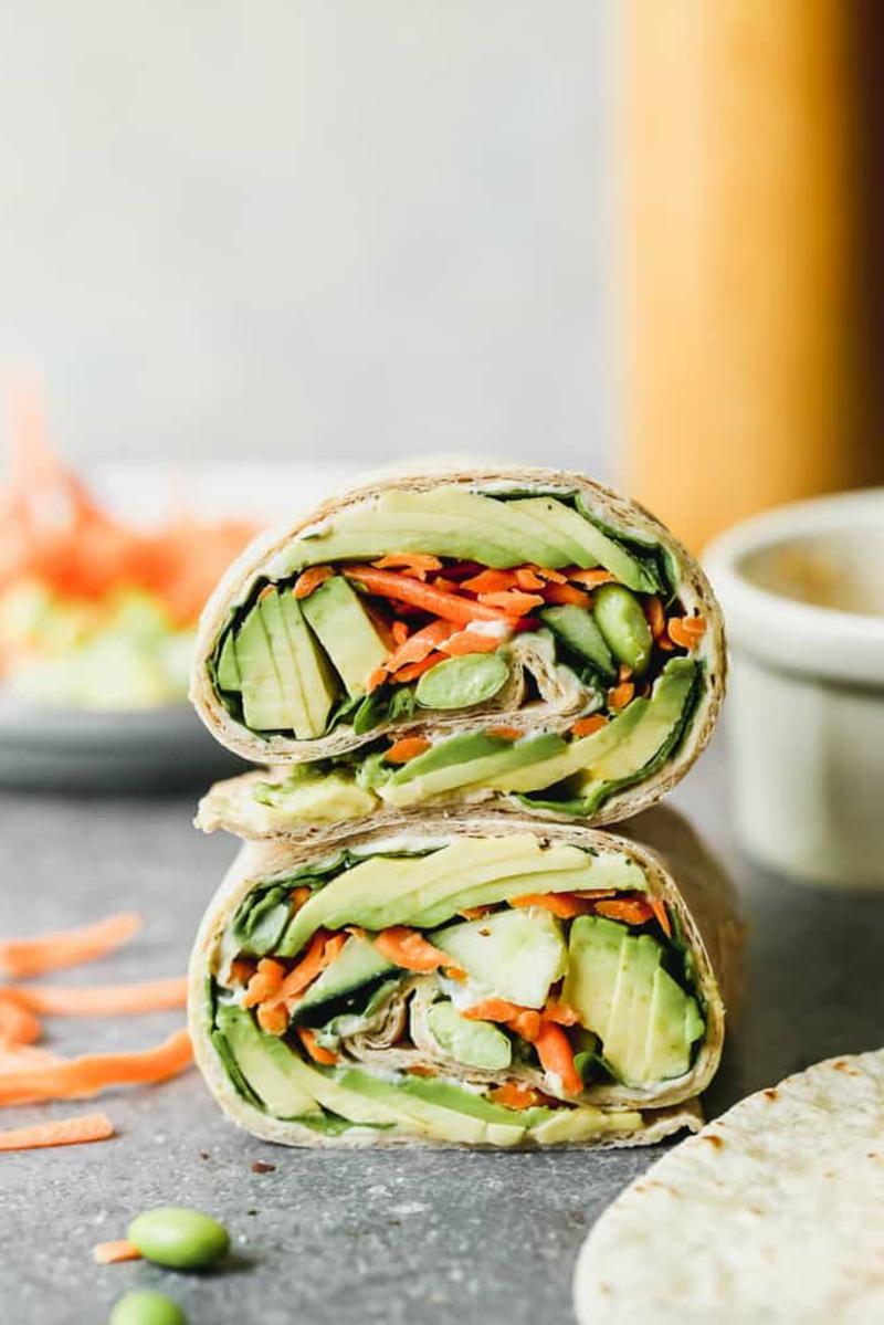 Protein Wraps mit Gemüse vegetarisch
