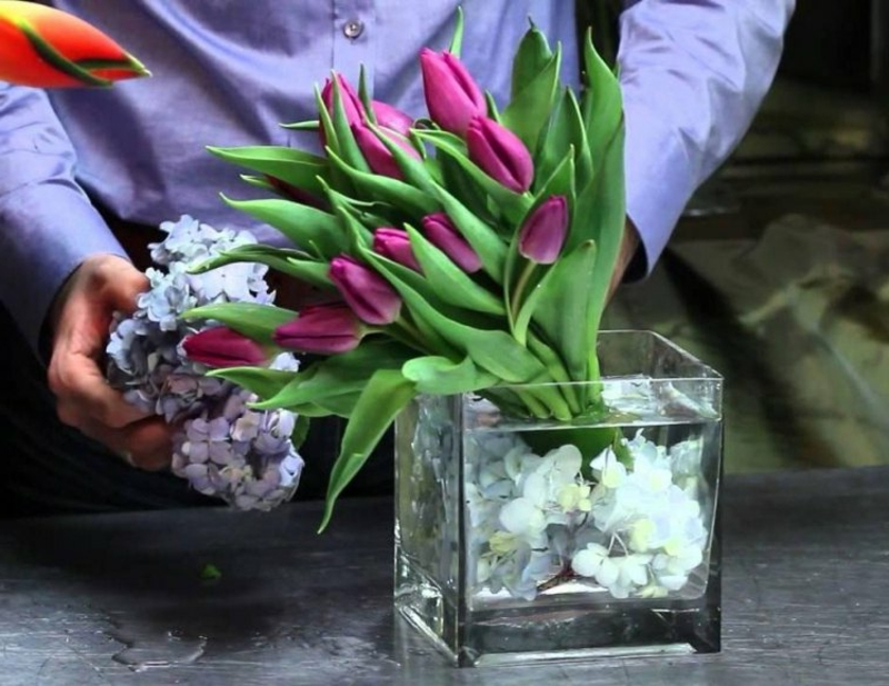 Tulpengesteck selber arrangieren