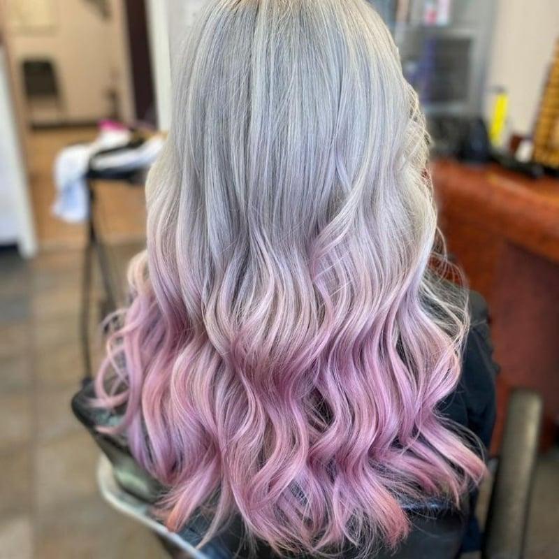 pastellrosa Haare Ombre Effekt