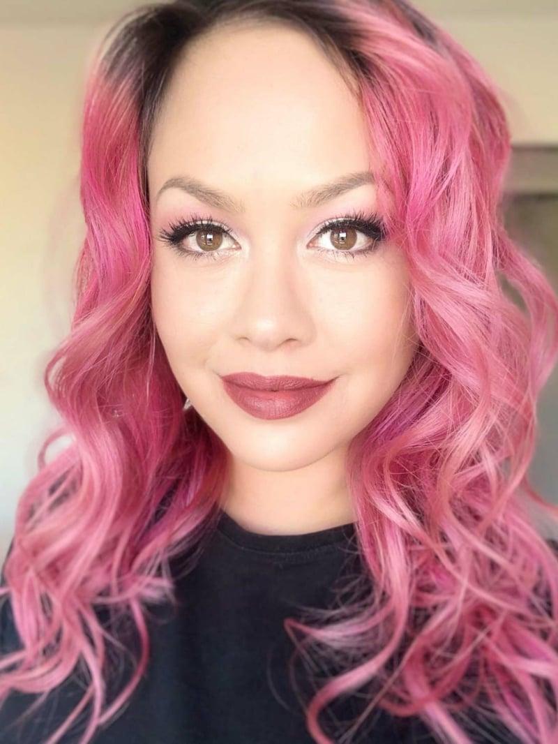 Haare rosa lockig wunderschöner Look