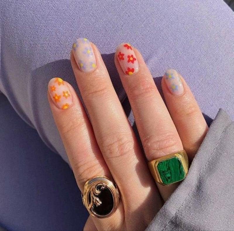 Frühlingsnägel 2021 Trends Indie Nails