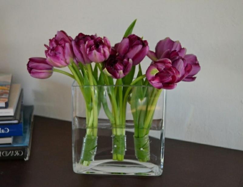 Tulpengesteck rechteckige Glasvase
