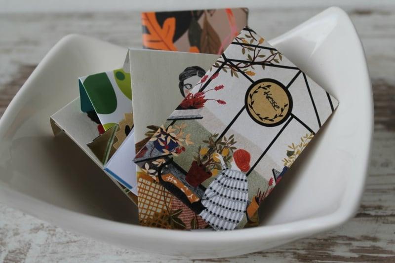 Päckchen aus Papier Samen aufbewahren