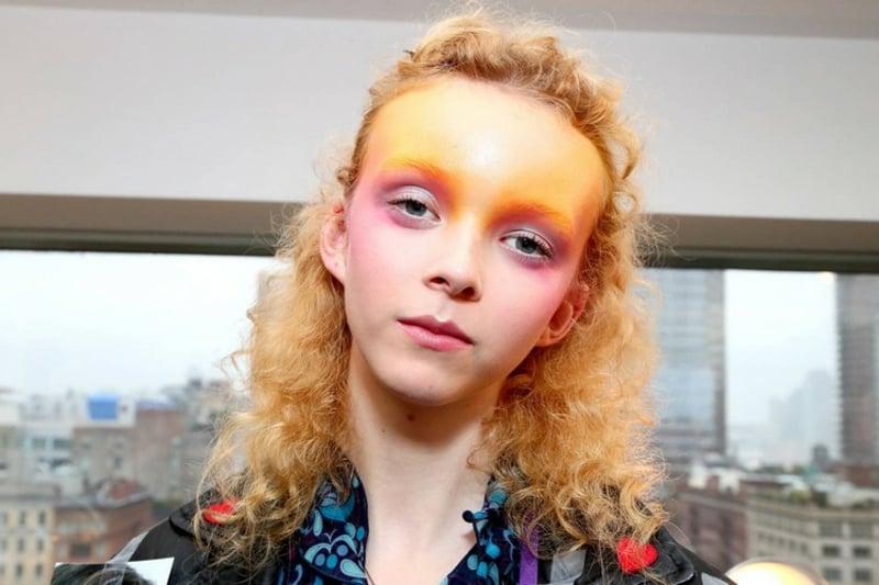 auffälliges Draping Make-up