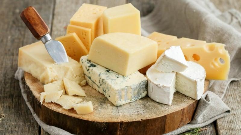 Käse viel Proteine Keto-Diät