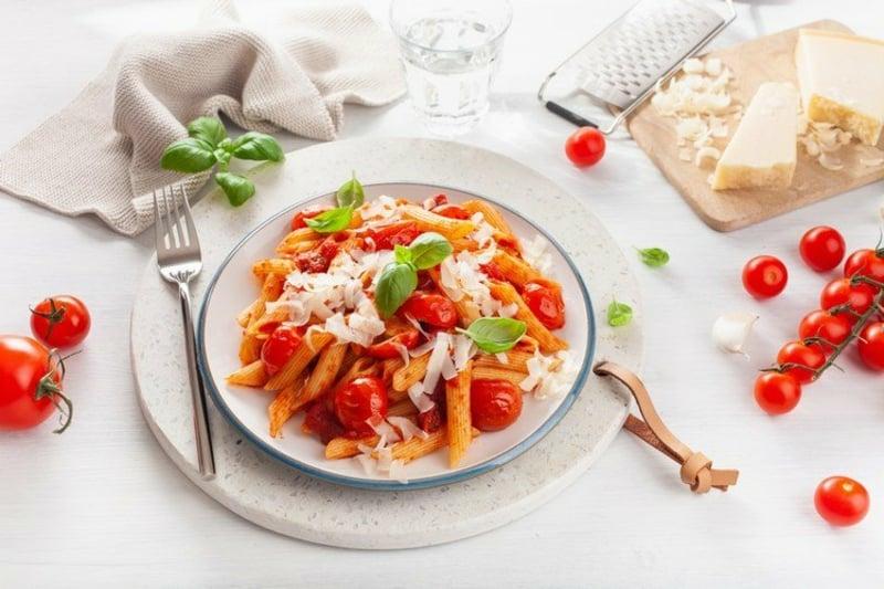 Feta Pasta Rezept Serviervorschlag