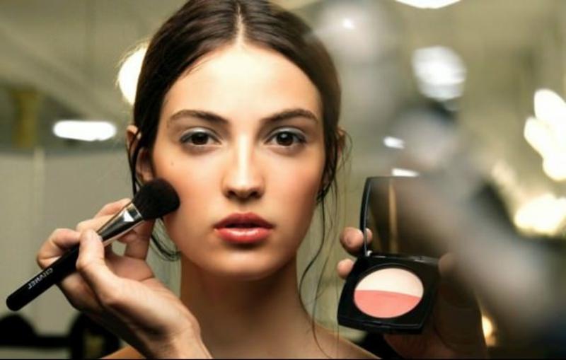 Draping Make-up moderne Schminktechnik 2021