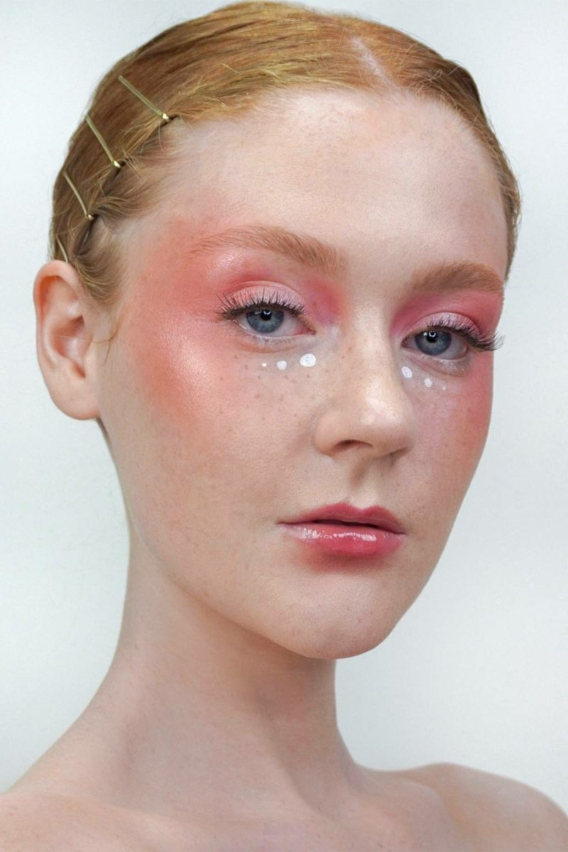 Draping Make-up tolle Idee Steinchen