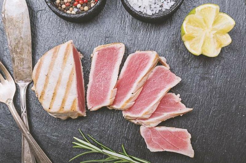 Thunfisch essen