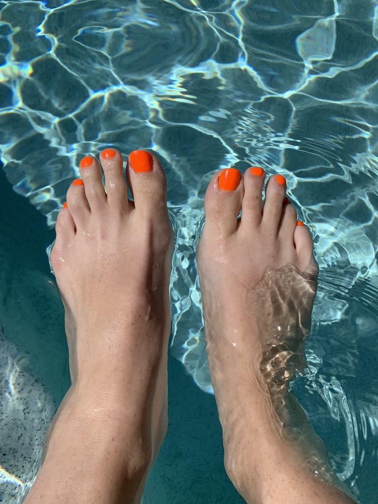 Fußnägel lackieren - Welche sind die Trendfarben für Pediküre