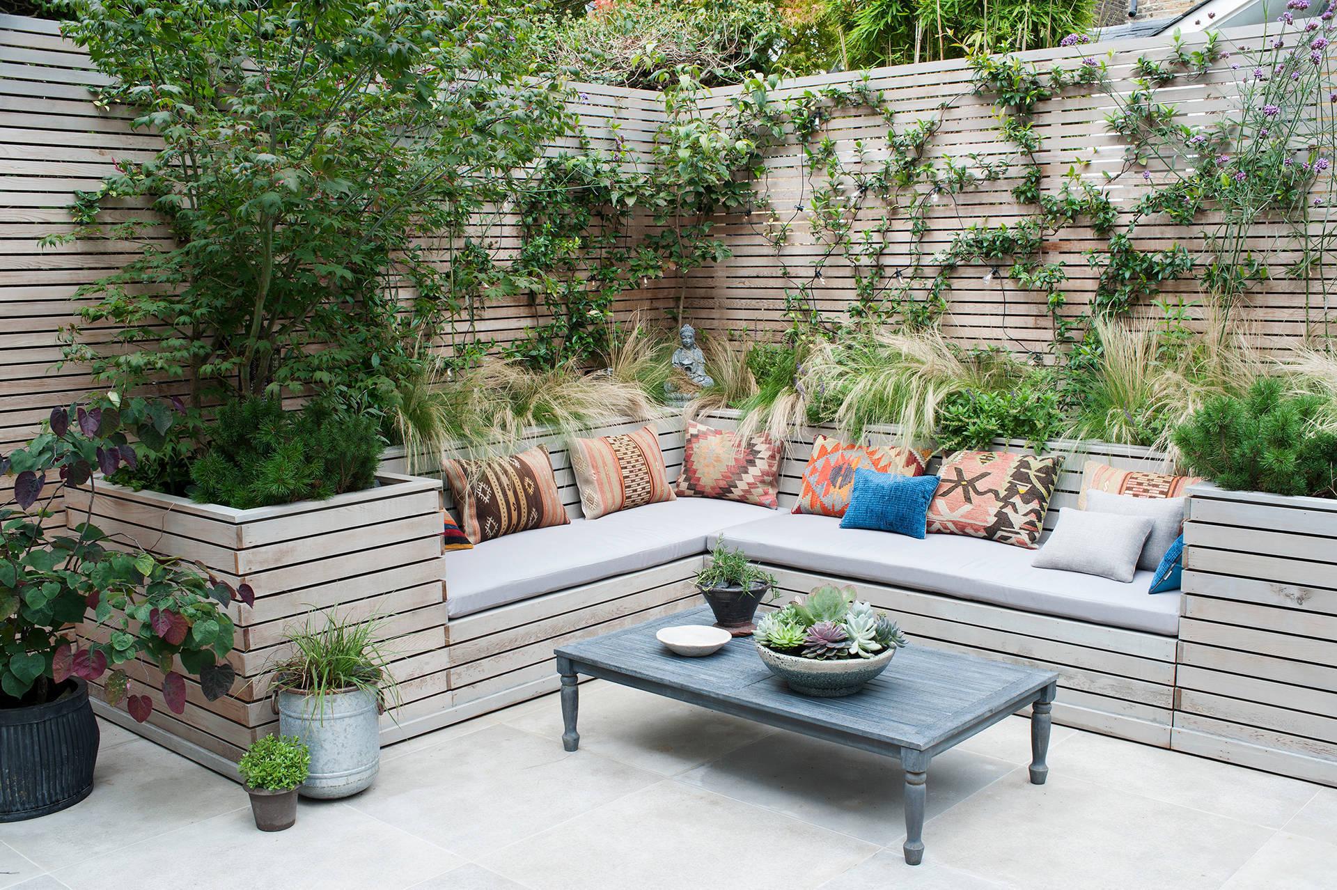 Mit der richtigen Gartengestaltung zum Entspannungsort im Freien