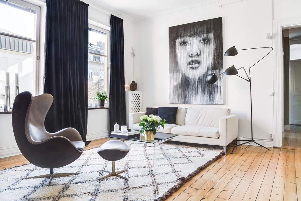 Tipps zum Kunst online kaufen - Sich mit den Künstlern, Bewegungen, Farben, Stilrichtungen bekannt machen