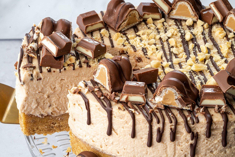 Kinder Bueno Torte - Rezept für Kinder Bueno Cheesecake ohne Backen