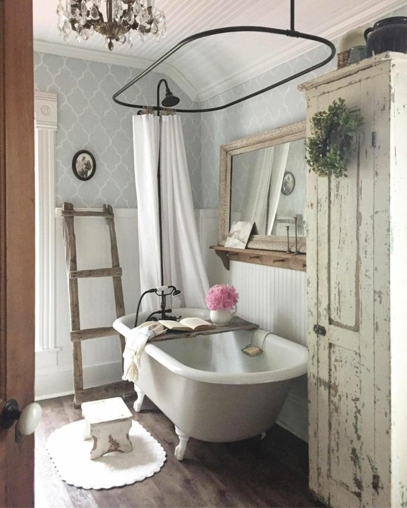 Vintage-Badezimmer romantischer Look