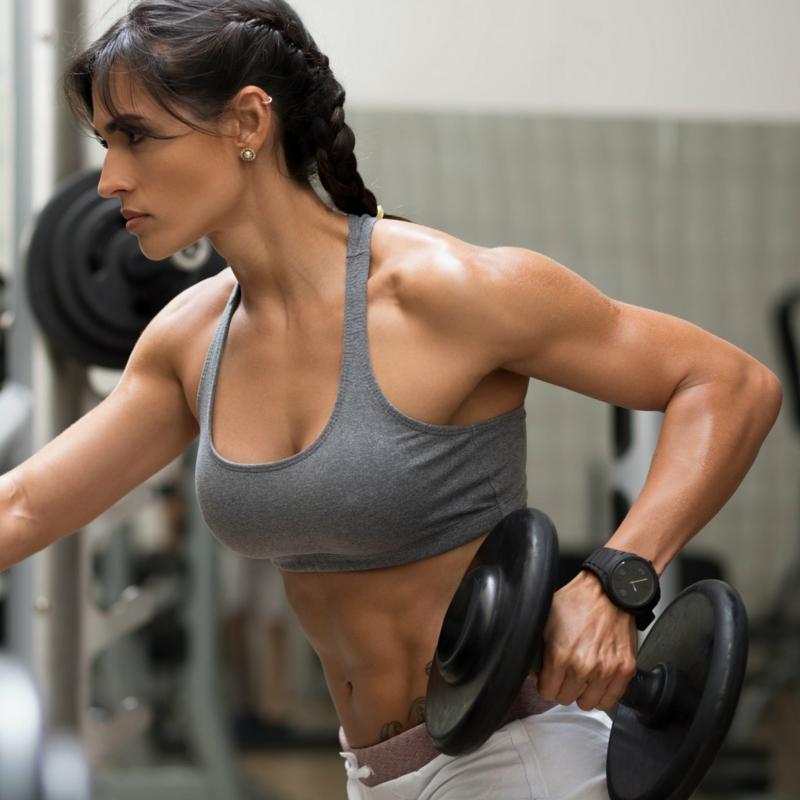 Workout Kurzhantel Fitnesstudio Frau