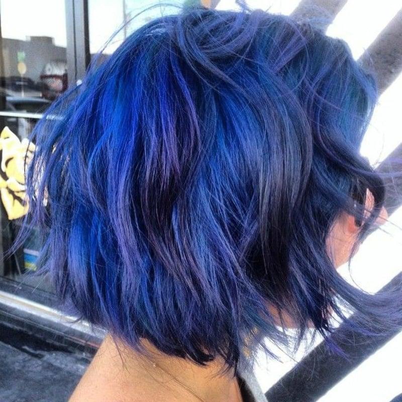 blaue Haare modern