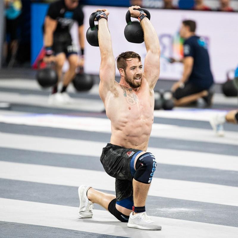 Krafttraining Mann Gewichtheben Kneebeugen