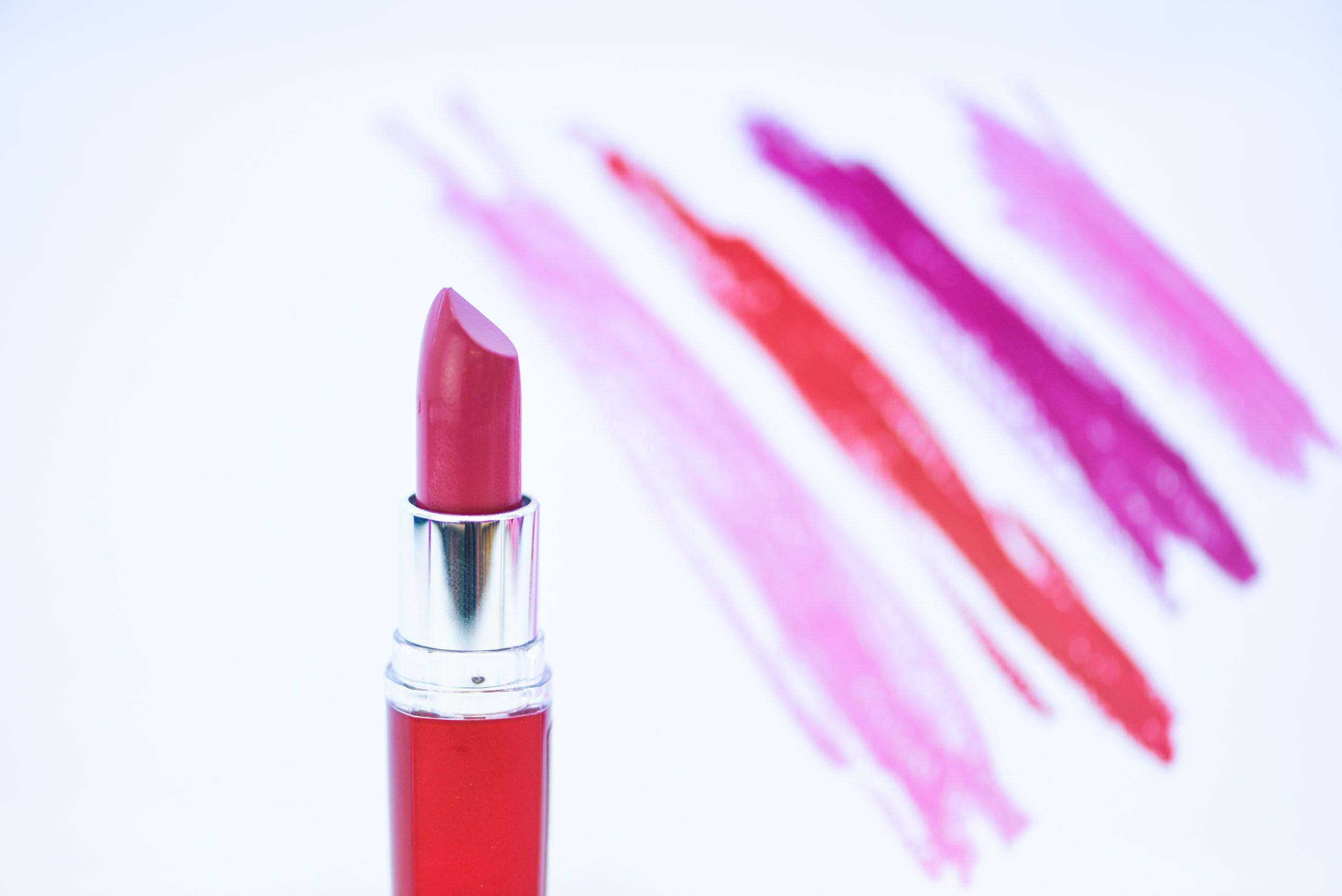 Lippen betonen: Die perfekte Lippenfarbe