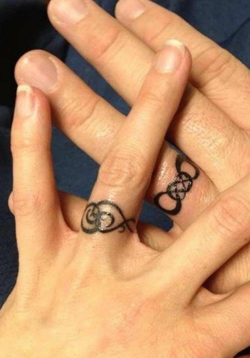 Eheringe Tattoo dekorativ