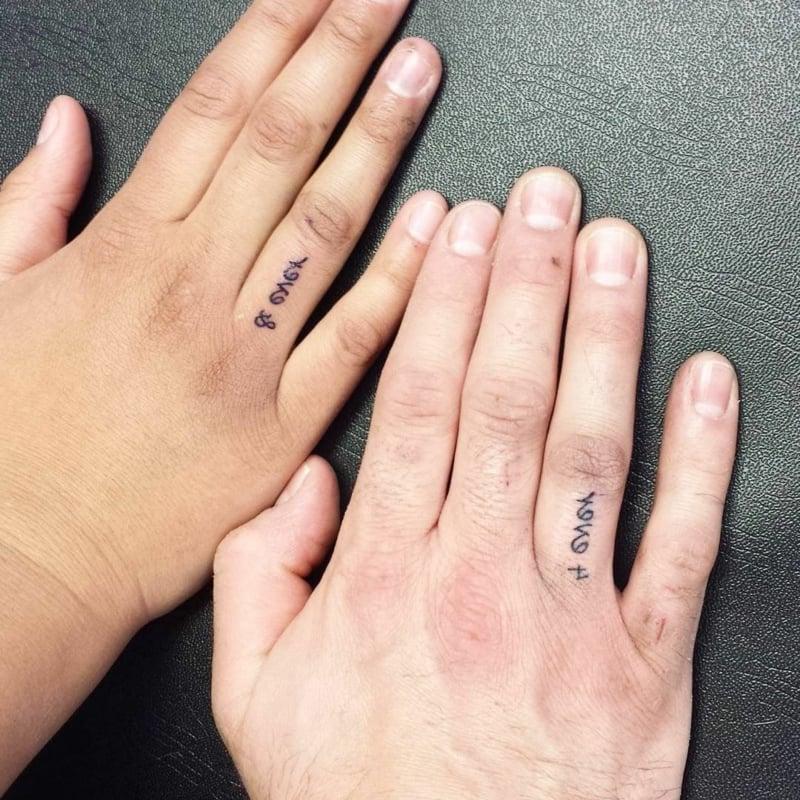 Eheringe Tattoo besinnliche Wörter