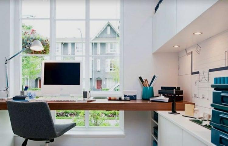 Home Office einrichten gut beleuchteter Platz auswählen